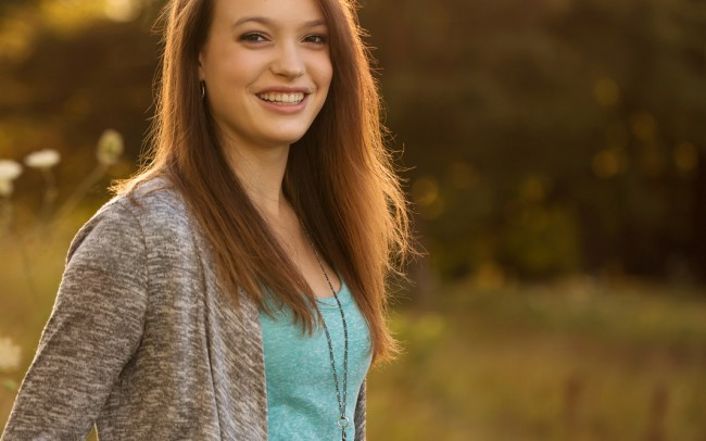 Beautiful Delafield sunset session with Oconomowoc senior girl Wisconsin photographer