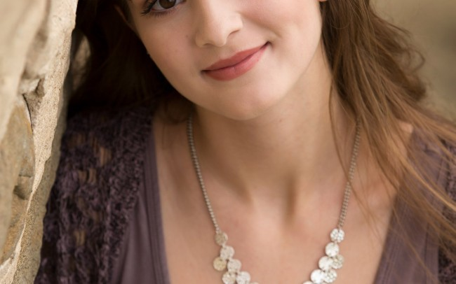 Beautiful Oconomowoc senior girl photography session Wisconsin photographer