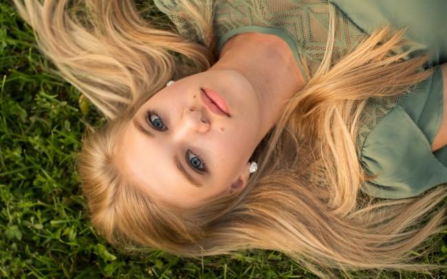 Gorgeous senior girl photography session Waukesha Wisconsin
