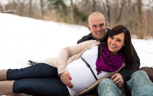 Beautiful Wisconsin winter maternity session in the snow by Julie Collins Photography