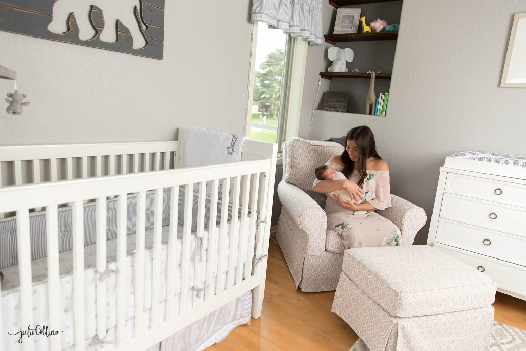Lifestyle newborn photographer Oconomowoc Wisconsin