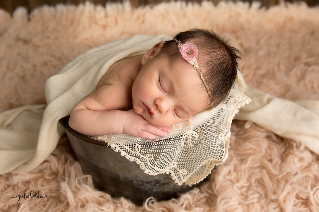 Best Wisconsin Newborn Photographer
