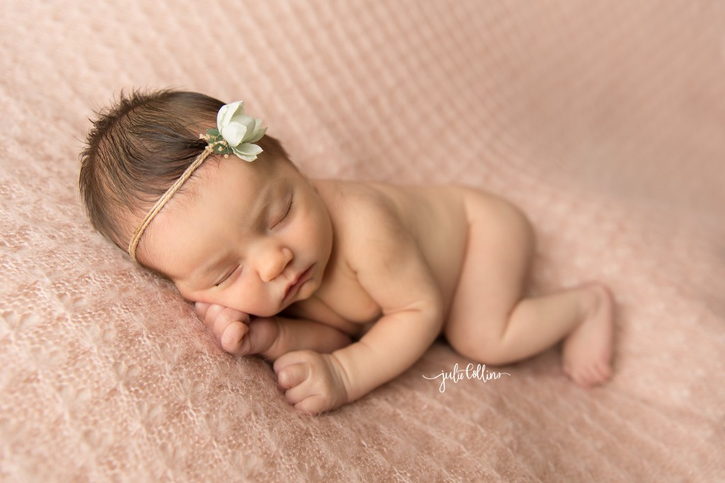 Best baby photographer Lake Country Oconomowoc Wisconsin