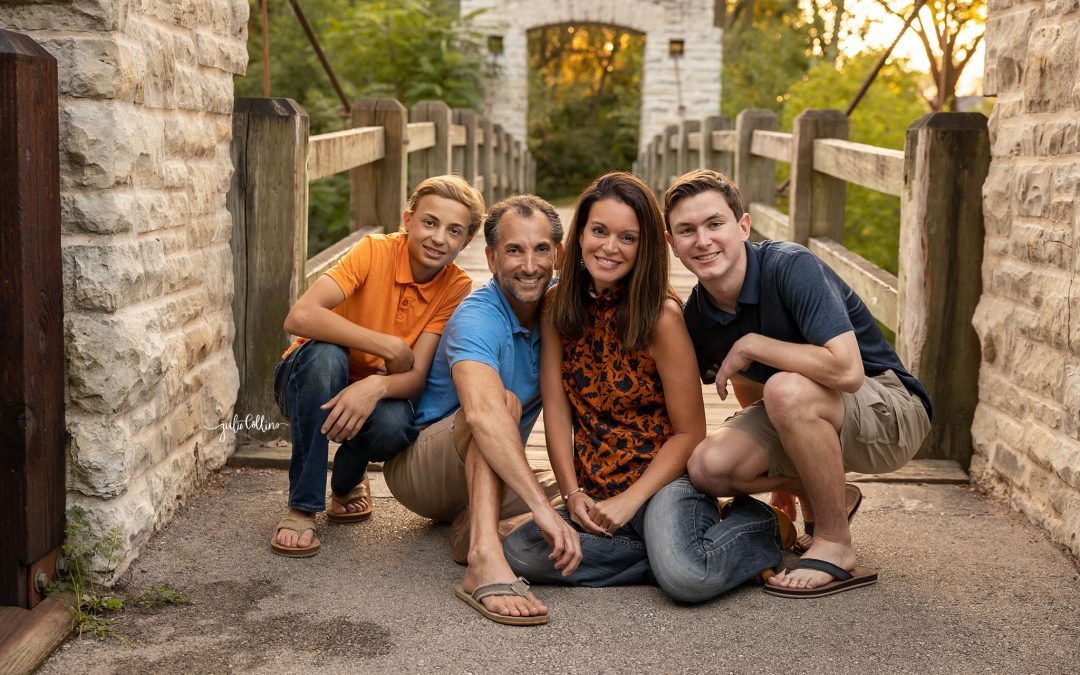 fall family portrait taken by Julie Collins Photography